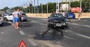 [ZDJĘCIA] Zderzenie trzech pojazdów na DK-1 w Czechowicach-Dziedzicach