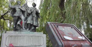 Kontrowersyjny pomnik zostanie zlikwidowany!