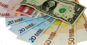Wakacje w Europie - jak płacić w euro i nie stracić?