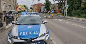 Policjanci kontrolują drogi w pobliżu szkół i przedszkoli