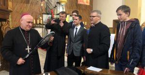 Wizytacja w czechowickiej parafii Wspomożenia Wiernych