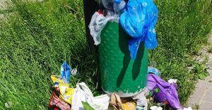 [FOTO] Śmieciowy problem w czasie długiego weekendu