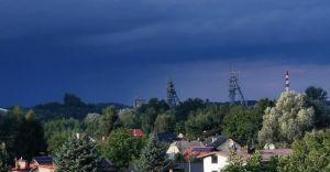 Foto-dnia: burza nadciągająca nad czechowicką kopalnię Silesia