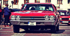 Cars & Coffee - miłośnicy motoryzacji spotkają się w pszczyńskim parku