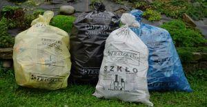 Poznaliśmy nowe stawki opłat za odbiór śmieci - będzie drożej!