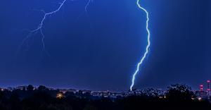Prognoza na sobotę: IMGW ostrzega przed burzami z gradem