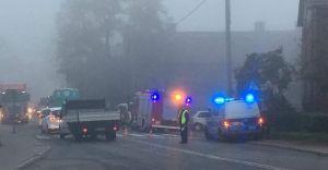 Nastolatka wtargnęła pod samochód na ulicy Węglowej