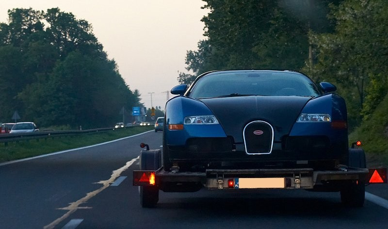 foto dnia bugatti veyron na dk 1 czechowice dziedzice. Black Bedroom Furniture Sets. Home Design Ideas