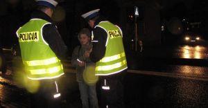 Policja apeluje o ostrożność na drogach w czasie jesieni