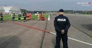 [FOTO] Kaniów: wspólne ćwiczenia służb reagowania na wypadek lotniczy