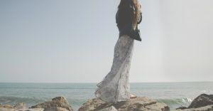 Sukienki damskie maksi - uniwersalny wybór dla każdej kobiety