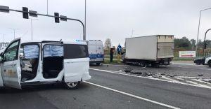 [FOTO] Zderzenie ciężarówki z osobówką na DK-1. Były duże utrudnienia