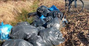 Bielszczanin podrzucał worki ze śmieciami do Bronowa