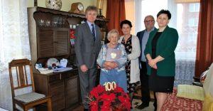Burmistrz odwiedził 100-letnią mieszkankę Czechowic-Dziedzic