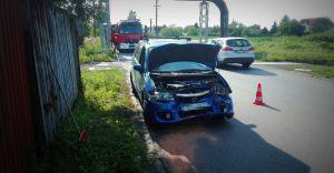 [ZDJĘCIA] Pijany pracownik ukradł auto szefowi i doprowadził do kolizji