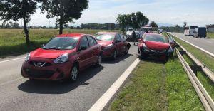 [FOTO] Zderzenie pięciu samochodów na DK-1 w Goczałkowicach