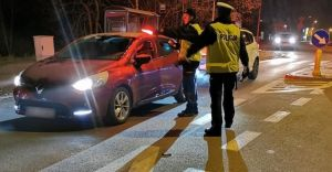 Policjanci zatrzymali 7 podejrzanych o posiadanie narkotyków