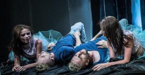 Kultowy spektakl Humanka po raz kolejny w VOD Teatru Polskiego