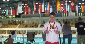 Nasz pływak z 3 złotymi medalami!