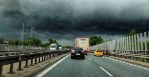 Intensywne opady deszczu i stan alarmowy na Iłownicy