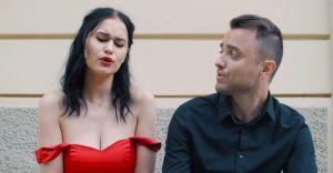 """[WIDEO] Zabrzeżanin nagrał cover piosenki """"Miłość rośnie wokół nas"""""""