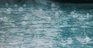 Prognoza na sobotę: IMGW ostrzega przed silnym deszczem z burzami