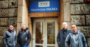 """Zespół """"TakJakTeraz"""" gościł w Teleexpressie u Marka Sierockiego"""