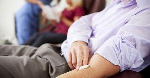 Przywileje dla oddających osocze: ulgi w komunikacji, wolne od pracy