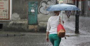 W piątek opady deszczu do 35 mm. Jest ostrzeżenie IMGW