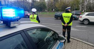 """Policjanci prowadzą profilaktycznie działania """"Prędkość"""""""