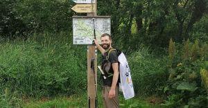 Pokonał pieszo blisko 1100 km dla zwierząt z katowickiego schroniska