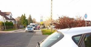 [FOTO] Potrącenie 12-latki pod szkołą w Bestwinie