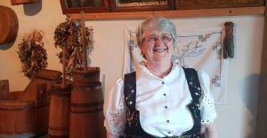 Wystawa haftu Marii Kubik w Muzeum Regionalnym w Bestwinie
