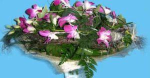 Kwiaty przez internet - nowe bukiety