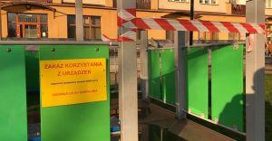 Epidemia koronawirusa: zamknięty plac zabaw na Placu Jana Pawła II