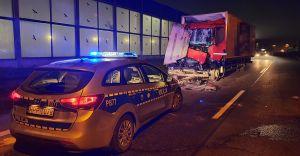 [FOTO] Tragiczny wypadek na DK-1. Nie żyje kierowca ciężarówki!