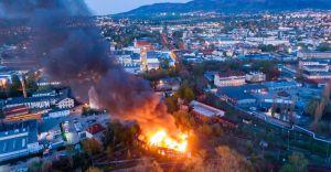 Duży pożar magazynu przy dworcu PKP w Bielsku-Białej!