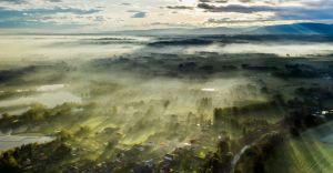 Foto-dnia: widok z drona na Kaniów i okolice