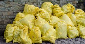 Rada uchwaliła podwyżkę opłat za odbiór śmieci. 30 zł od osoby